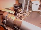 Machine à parer (pour désépaissir les cuirs)